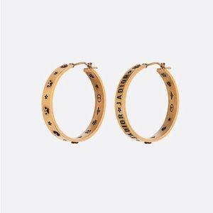 J'Adior asymmetric hoops